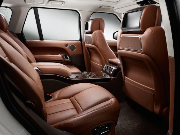 Land Rover lanza en España el Range Rover LWB 2