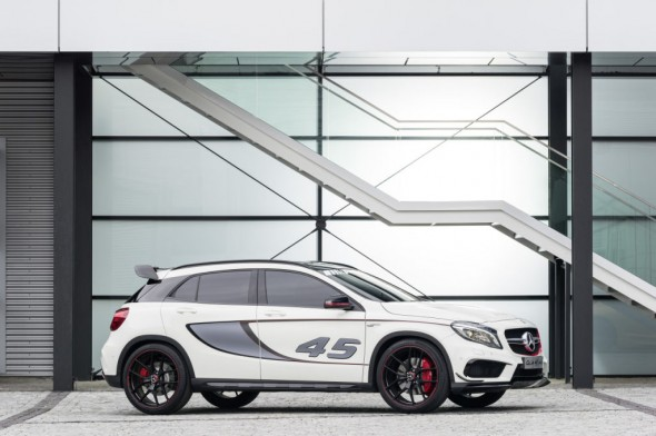 Oficial: Mercedes GLA45 AMG Concept 2
