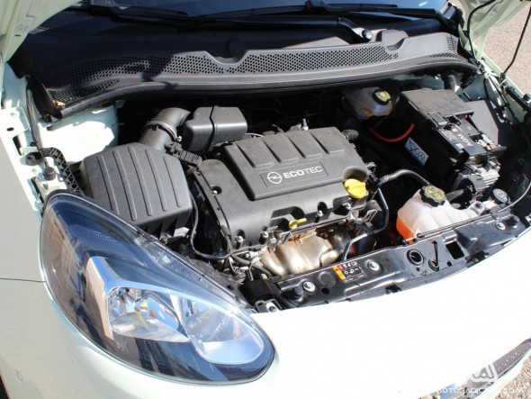 Prueba: Opel Adam 1.4 100 caballos (diseño, habitáculo, mecánica) 7