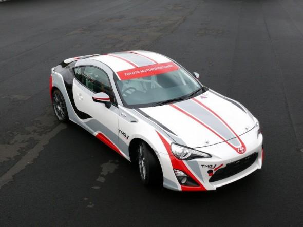 Toyota nos presenta el nuevo TMG GT86 CS-R3 1