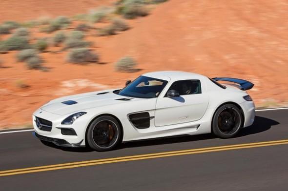 Vídeo: Mercedes SLS AMG Black Series en Nürburgring 1