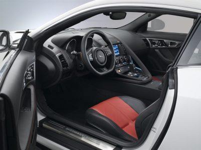jaguar-ftype-coupe-13