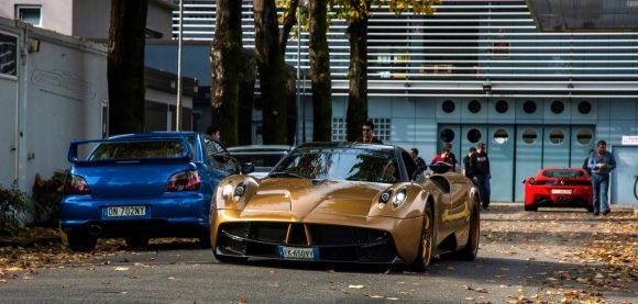 pagani-huayra-gold-edition-18