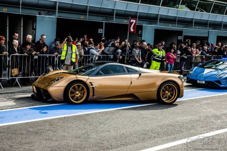 pagani-huayra-gold-edition-21