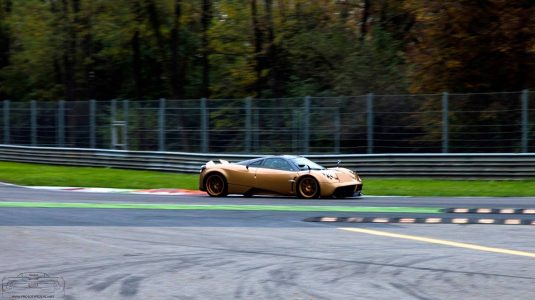 pagani-huayra-gold-edition-3
