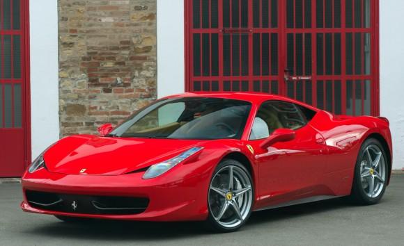 Accidente: Ferrari 458 Italia se parte por la mitad 1