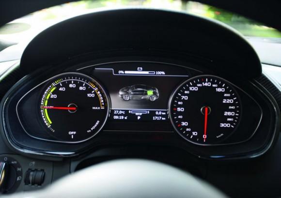 Audi retoma para su producción el proyecto R8 e-tron 2