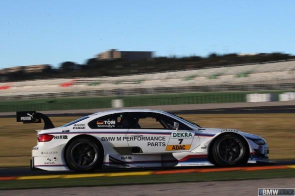 Chris Harris se da un homenaje a bordo del BMW M3 DTM 1