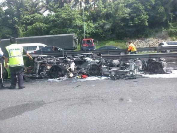 Destrozan dos Lamborghini Gallardo y un Aventador en Malasia 3