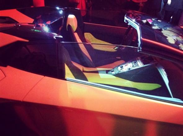 Lamborghini Aventador LP720-4 50 Anniversario Roadster, cazado en China 2