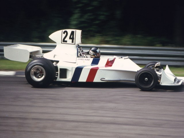 A subasta el Hesketh 308 con el que debutó James Hunt