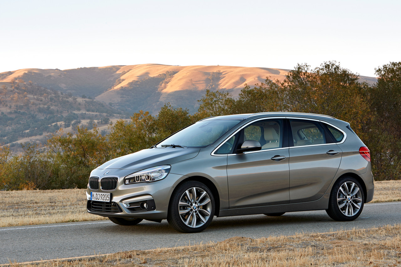 bmw-serie-2-active-tourer-2014-154