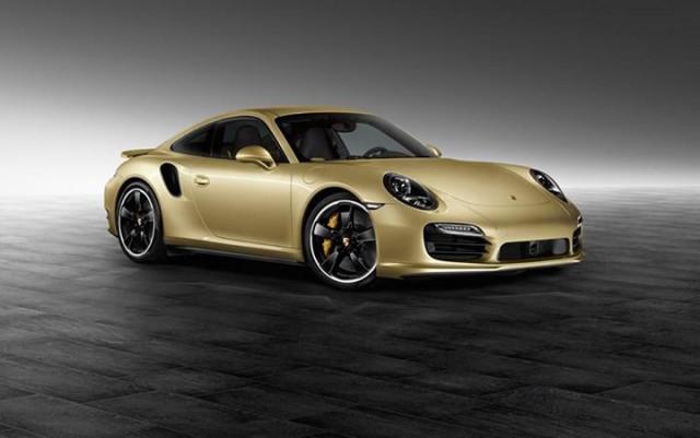 El departamento de personalización de Porsche nos muestra el 911 Turbo Lime Gold 1