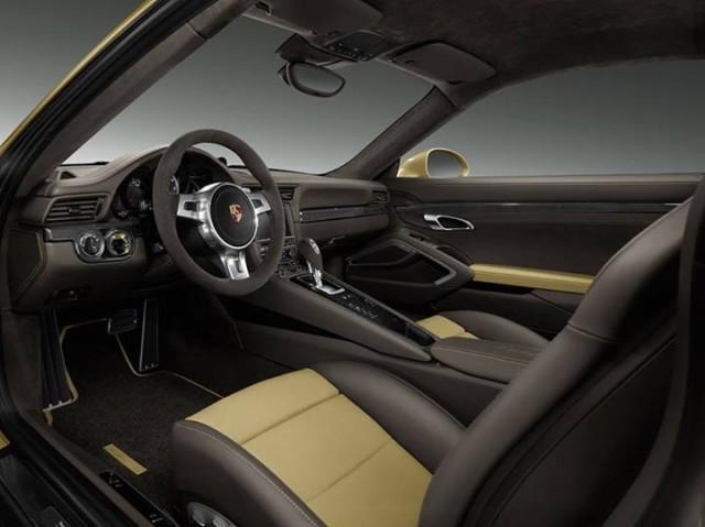El departamento de personalización de Porsche nos muestra el 911 Turbo Lime Gold 2