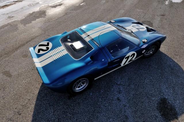 A subasta una de los prototipos del Ford GT40 3