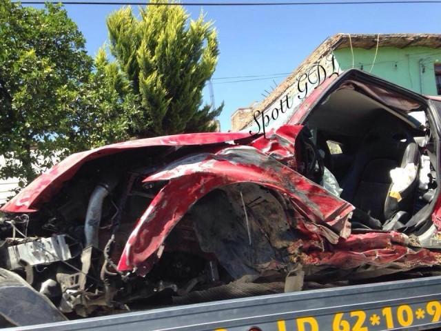 Destrozan un Nissan GT-R en Mexico 1
