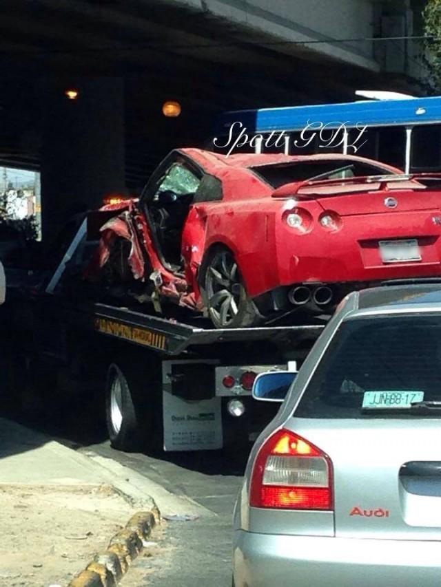 Destrozan un Nissan GT-R en Mexico 3