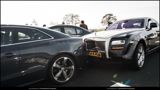 Estrella su BMW M5 contra un Rolls-Royce Ghost