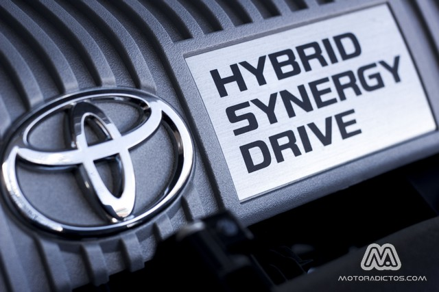 Prueba: Toyota Auris HSD híbrido (diseño, habitáculo, mecánica) 5