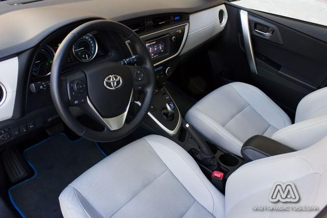 Prueba: Toyota Auris HSD híbrido (diseño, habitáculo, mecánica) 6