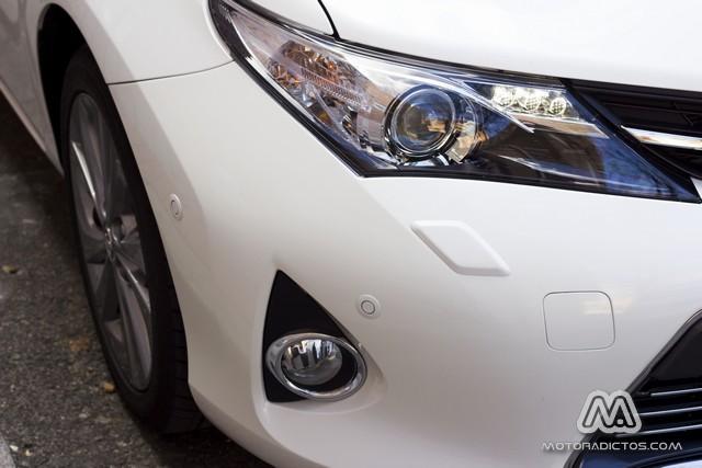 Prueba: Toyota Auris HSD híbrido (diseño, habitáculo, mecánica) 10