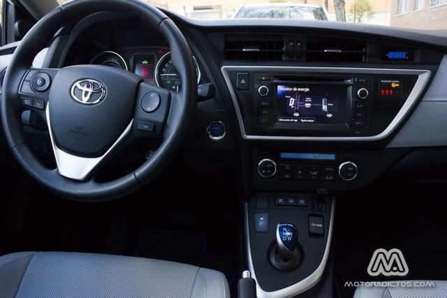 Prueba: Toyota Auris HSD híbrido (diseño, habitáculo, mecánica) 11