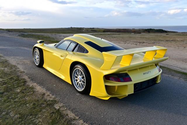 A la venta un Porsche 911 GT1 Strassenversion de 1998 1