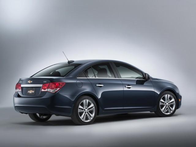 Chevrolet presenta el Cruze MY2015  2