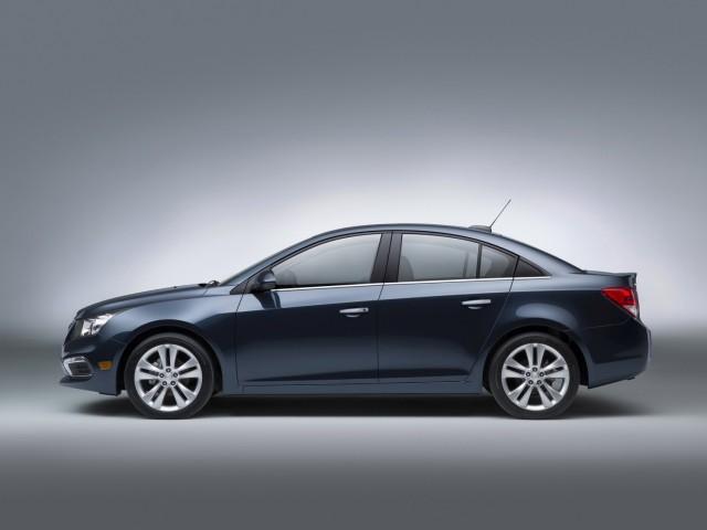 Chevrolet presenta el Cruze MY2015  3
