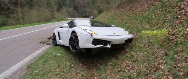 Destrozan un Lamborghini Gallardo LP560-4 Spyder en Suiza 3