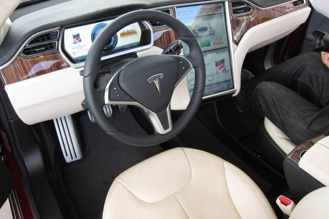 El Tesla Model S se blinda nuevamente pero en contra de los hackers 1