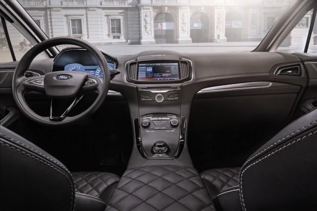 Ford da un nuevo paso hacia el mercado premium con el S-MAX Vignale 3