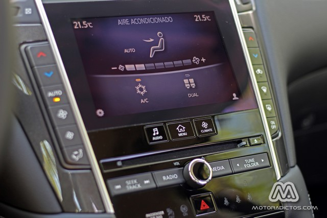 Prueba: Infiniti Q50 2.2d GT (diseño, habitáculo, mecánica) 11