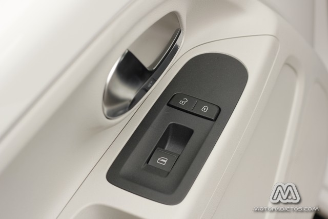 Prueba: Volkswagen Up! 1.0 60 CV (equipamiento, comportamiento, conclusión) 7