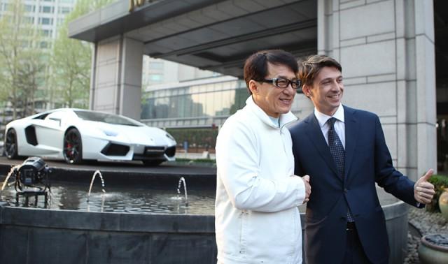 Un Lamborghini Aventador muy especial para Jackie Chan 1