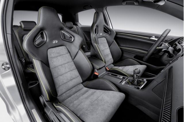 Volkswagen da la campanada, el Golf R400 llegará a producción 3
