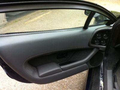 A la venta el último Jaguar XJ220 fabricado
