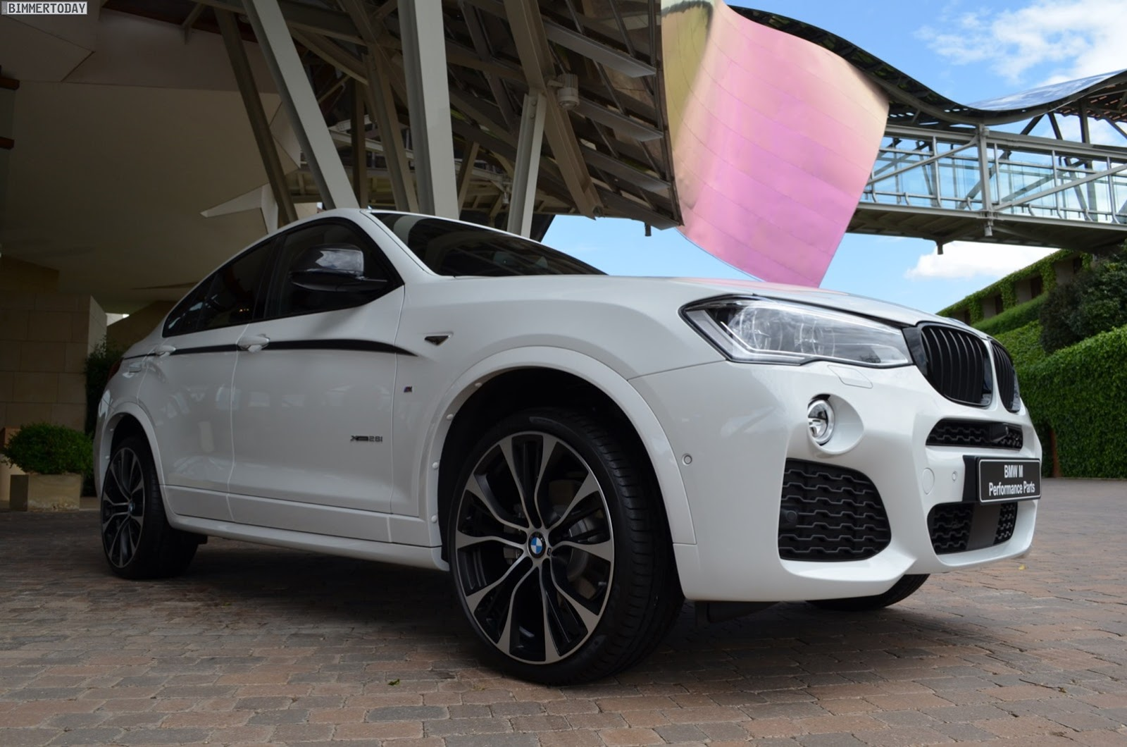 BMW-X4-M-Performance-Parts-2[2]
