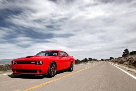 Dodge-Challenger-SRT-Hellcat-5