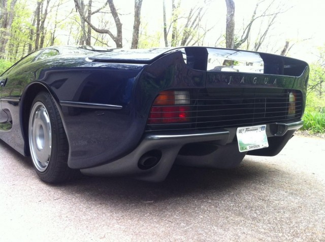A la venta el último Jaguar XJ220 fabricado 3