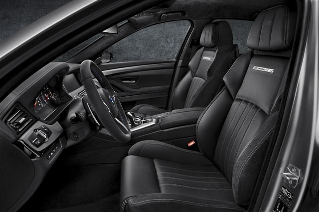 "BMW M5 ""30 Jahre M5"", oficial 2"