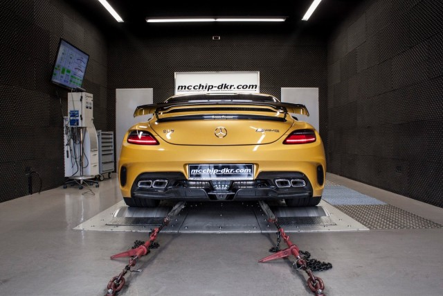 Más potencia para tu Mercedes SLS AMG Black Series gracias a McChip 2