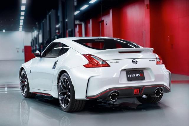 Nissan renueva el 370Z NISMO: nuevo look y posibilidad de cambio automático 2