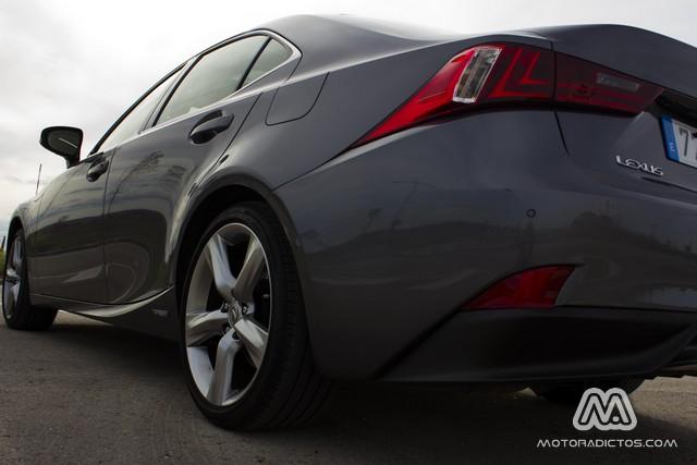 Prueba: Lexus IS300h Híbrido (diseño, habitáculo, mecánica) 2
