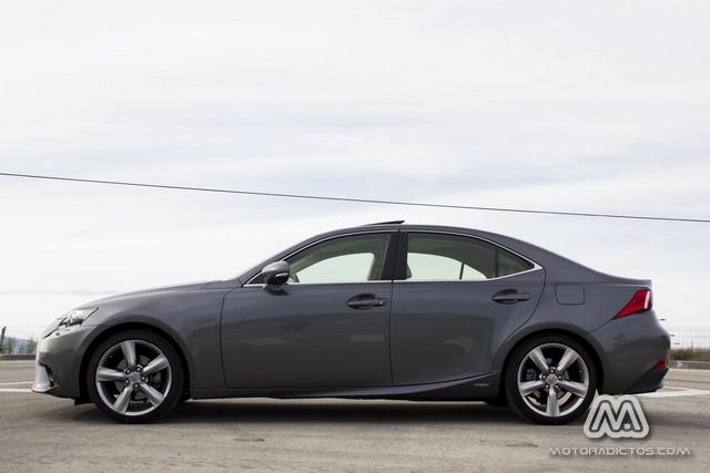 Prueba: Lexus IS300h Híbrido (diseño, habitáculo, mecánica) 4