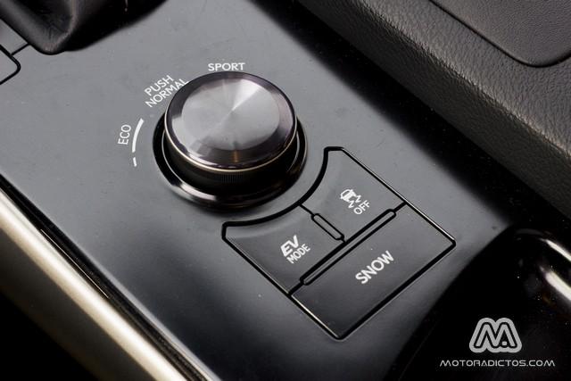 Prueba: Lexus IS300h Híbrido (diseño, habitáculo, mecánica) 12