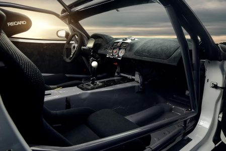 Madchen-Motoren-Opel-GT-6