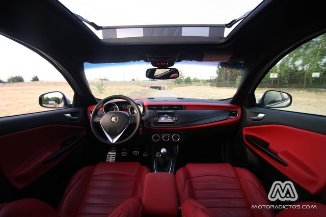Prueba: Alfa Romeo Giulietta 2.0 JTDm 150 CV (diseño, habitáculo, mecánica) 3