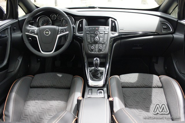Prueba: Opel Cabrio 1.4 140 CV (diseño, habitáculo, mecánica) 3