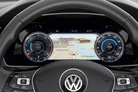 2015-VW-Passat-B8-12